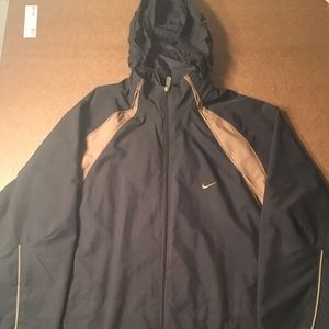 NIKE Mens coat with hood XL Black and Gold